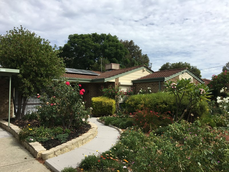 203-Newburn-Road-High-Wycomber-For-Sale-888-Real-Estate-Group-WA-front-Garden