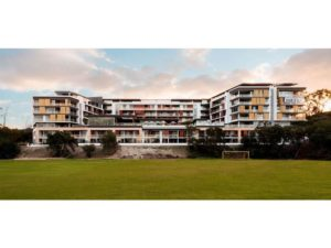 2-milyarm-rise-swanbourne-for-lease-888-real-estate-group-back-view